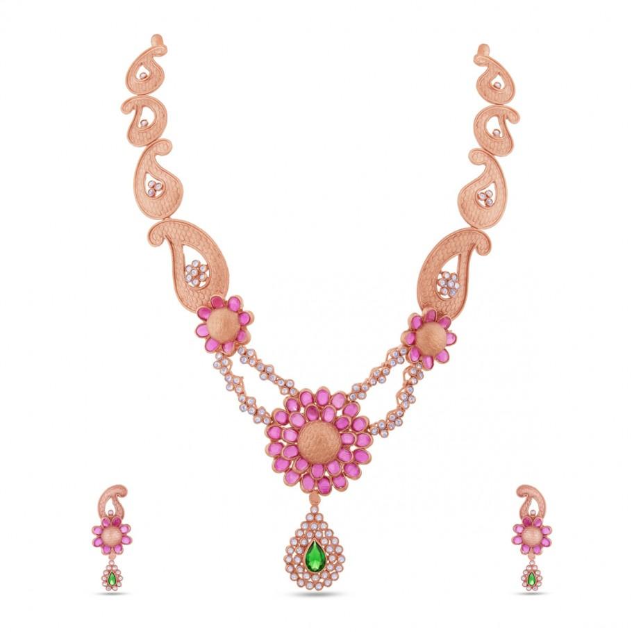Royal Look In Pink!