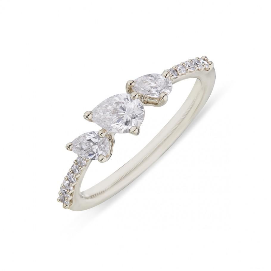 Naiveté Diamonds