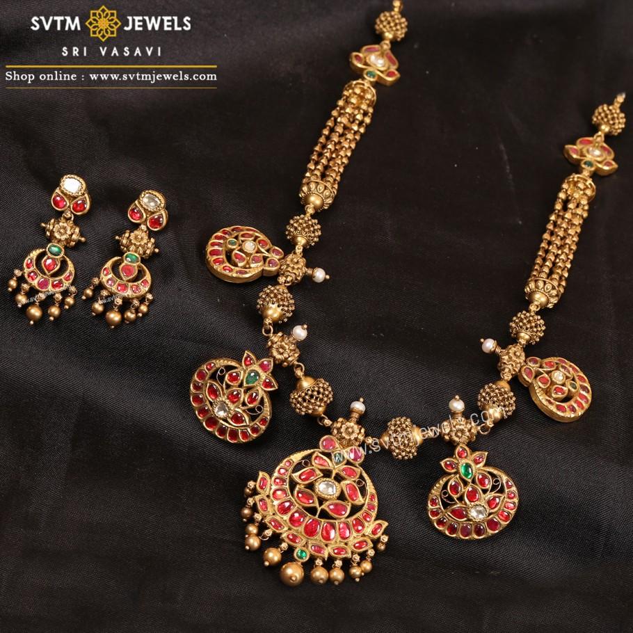 Darla Necklace Set