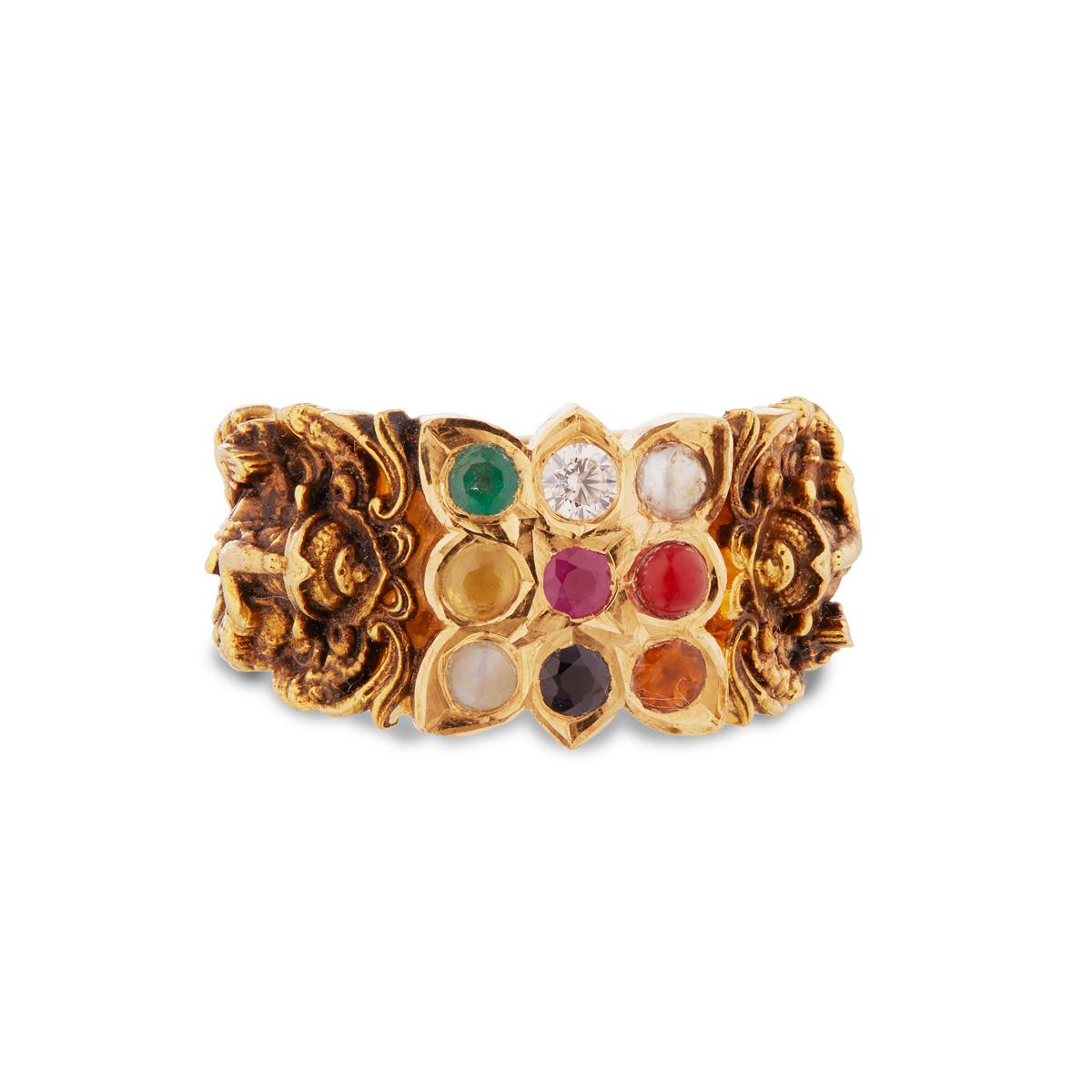 Navaratna Nagaas Ganesha Ring