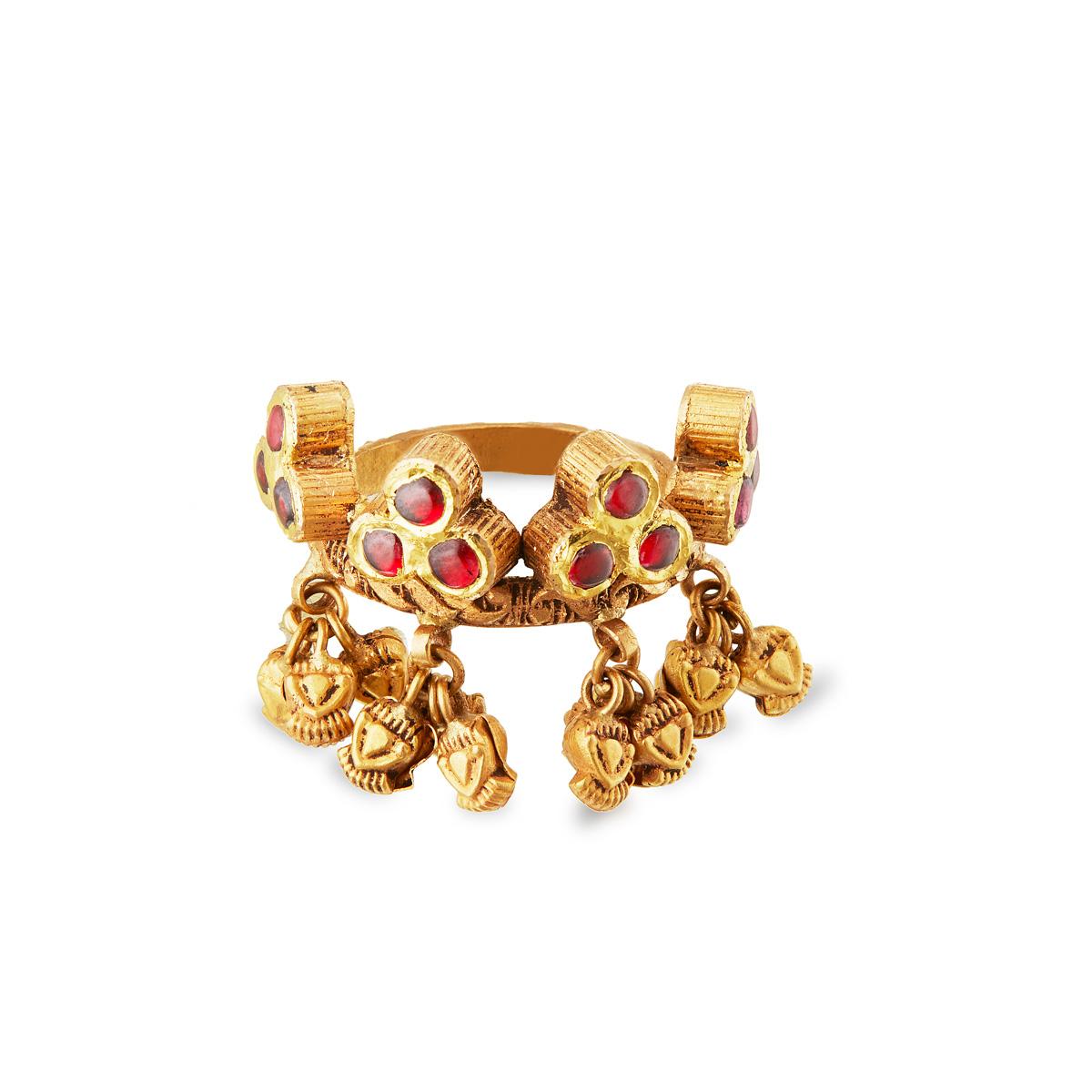 Exquisite Ring