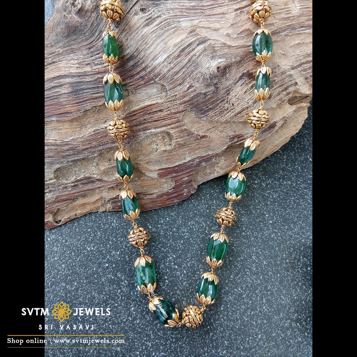 Pretty Emerald Beads Necklace