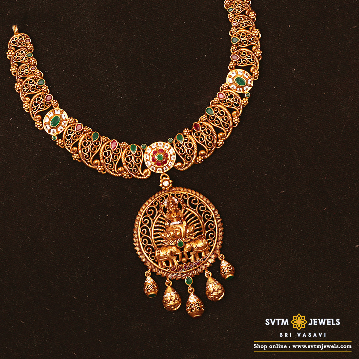 Sthiraa Lakshmi Short Necklace