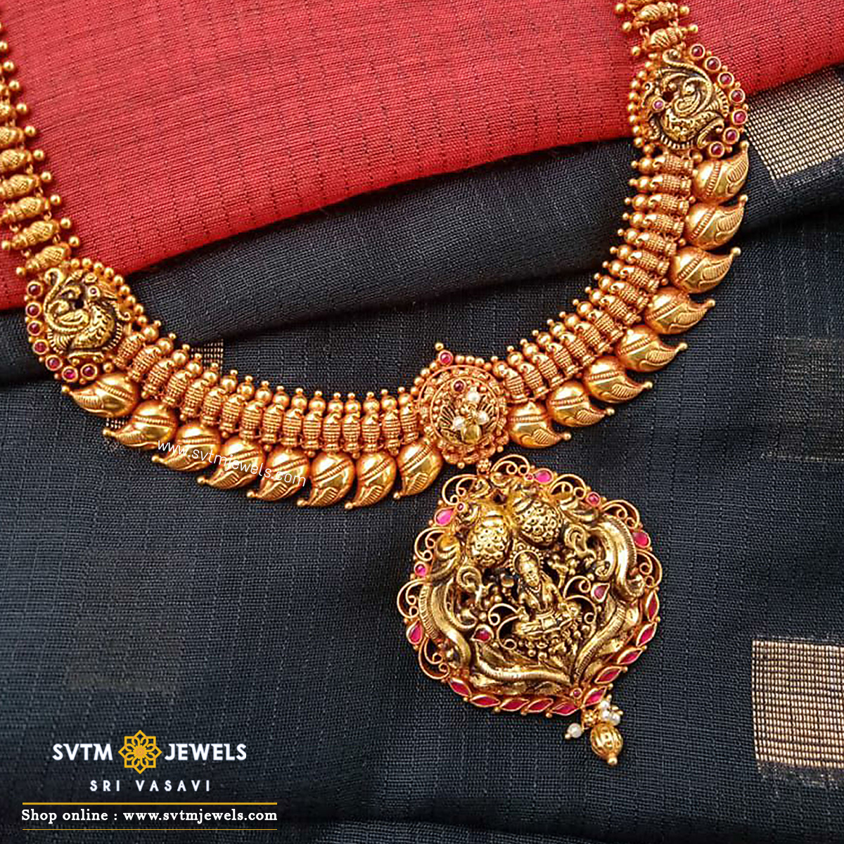 Tantalizing Karunya necklace
