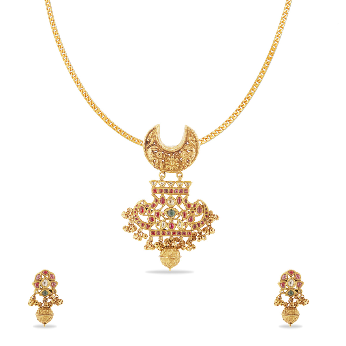 Queen style pendent
