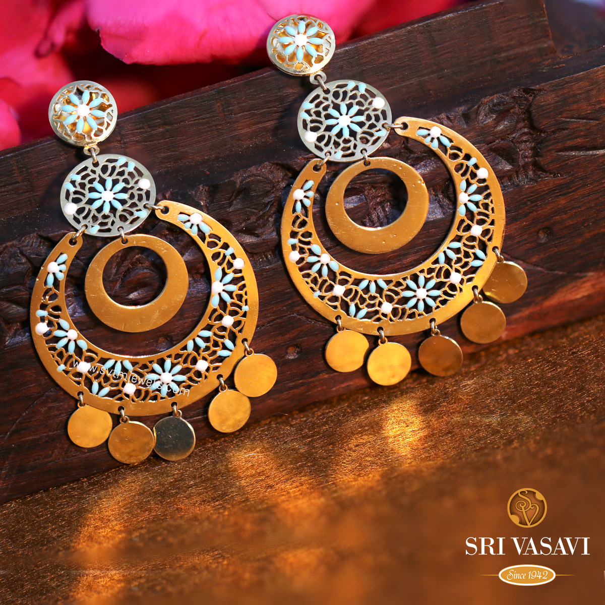 Seemly Chandbali Earrings