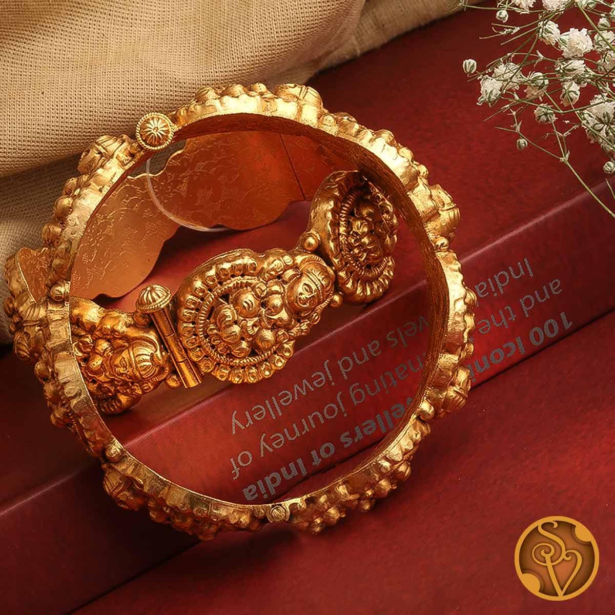 Shasvati Bangles