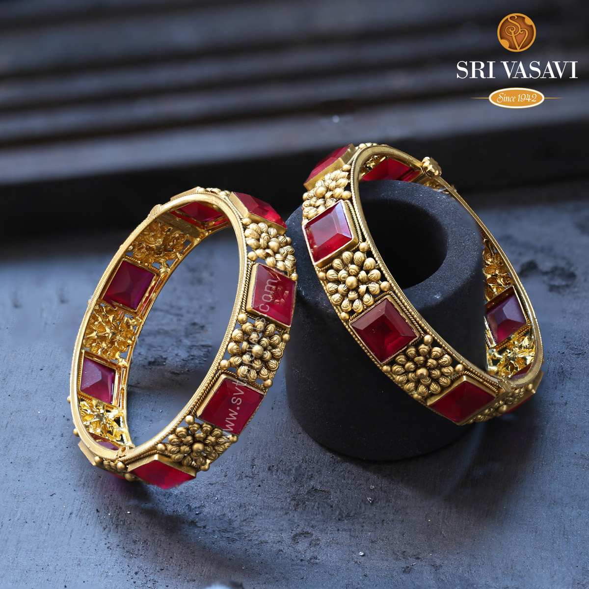 Ethnic Fancy Pair Bangles